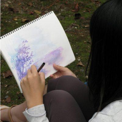 好きな色だけを使って描いたそうです。きれい!