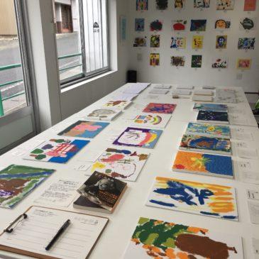 おえかき部展覧会2019「わたし」展示風景